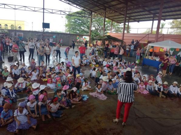 Niños de la 12 de Marzo valoran al campesino