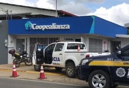 """Ante el robo en sucursal de Coopealianza: """"prima la vida y el resguardo de las personas"""""""