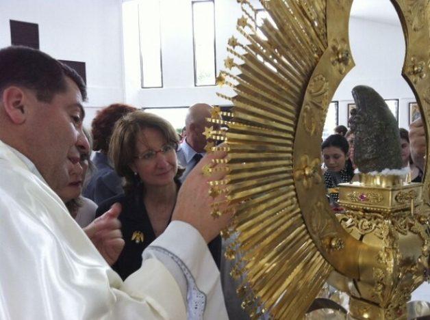 Que María nuestra Madre nos ayude a ser humildes